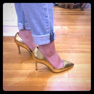 Banana Republic Shoes - Banana Republic cracked gold leather pumps