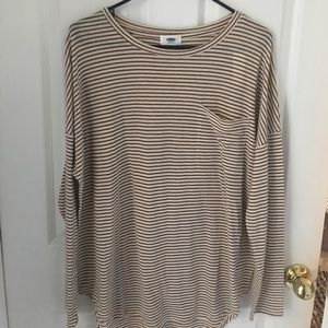 🌹NWT🌹Old navy long sleeve striped tee