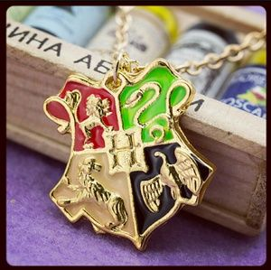 Jewelry - ⚡ Harry Potter Howarts Necklace