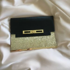 New Look Handbags - ✨New look Leather Glitter Clutch✨