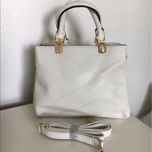 boutique Handbags - New beige Pettit handbag