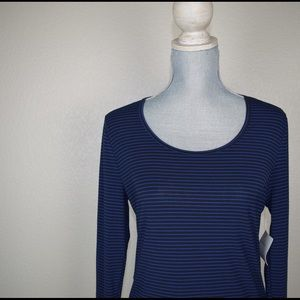 Lucy Tops - NWT LUCY active wear long sleeve work out tee