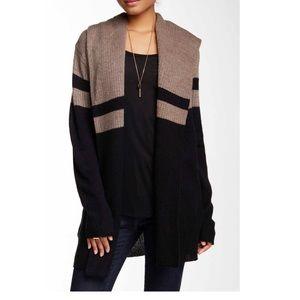 Sweet Romeo Sweaters - Hooded open sweater