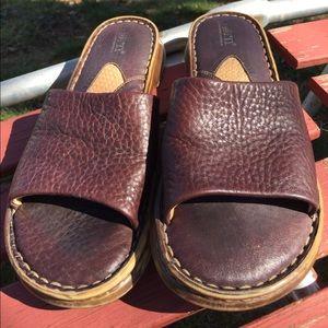 BORN B.O.C. Flats,Slides, Sandals Size 7