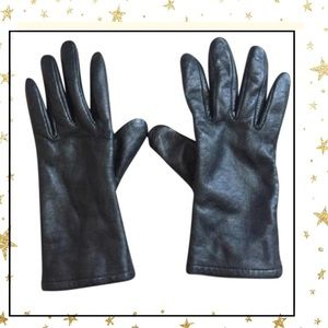 Accessories - Women's leather gloves