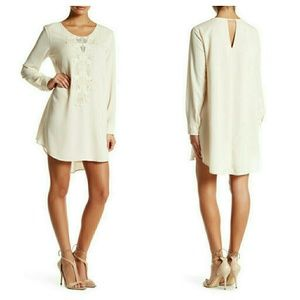 ASTR Dresses & Skirts - Crochet Trim Shift Dress By Astr
