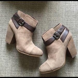 Carlos Santana Shoes - Booties