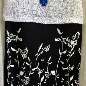Goddess Dresses & Skirts - 💐SALE💐SKIRT BLACK w/White Butterfly & Floral 🦋