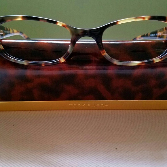 ba07fc6129 Tory Burch Tortoise Shell eyeglasses with case