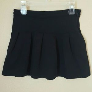GAP Other - Gap navy blue pleated skirt girls 8