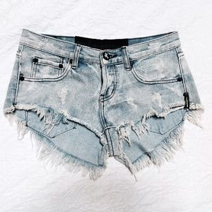 One Teaspoon Denim Shorts size 26