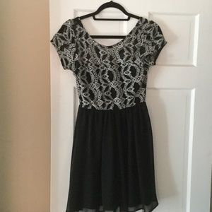 Dresses & Skirts - GUC Lace Top,  Black Skirt Dress