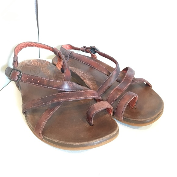 232f695fbf4e Chaco Shoes - Chaco Dorra Leather sandals. Size 6