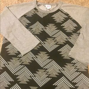 LuLaRoe Randy Raglan Sleeve Shirt
