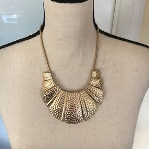 ⭐️flash sale!⭐️ NWOT Piperlime Statement Necklace