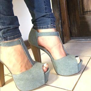 Mary Jane chunky platform heel!
