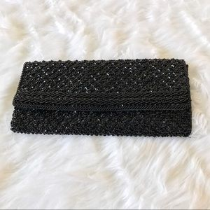 La Regale Handbags - 💥PRICE DROP💥Vintage La Regale Black Bead Clutch