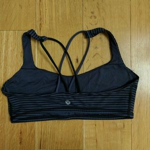 lululemon athletica Other - Lululemon free to be striped sports bra