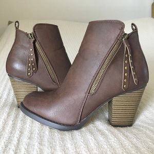 Just Fab Shoes - Just Fab brown Madalena booties