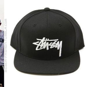Brand New Stussy Snapback in Black