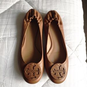 Tory Burch Shoes - Tory Burch Reva Leather Flats