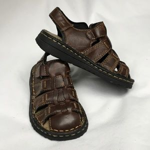 Omega Other - Boys size 8 leather sandals 🚲