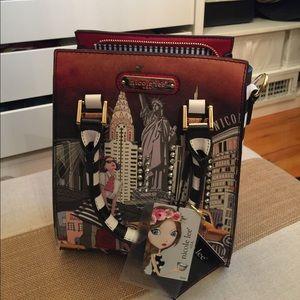 Nicole Lee Handbags - New with tag Nicole Lee bag