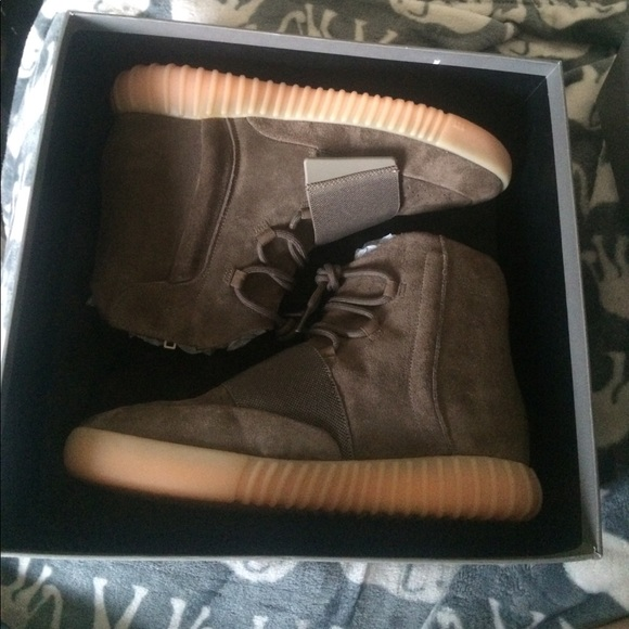 uk availability 984a7 d9b9a Yeezy boost 750. Light brown. Size 12.