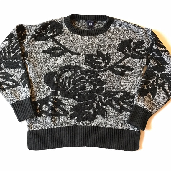 GAP Sweaters - GAP rose sweater.