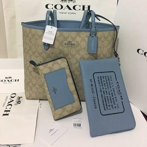Coach Handbags - Coach set signature Tote with Wallet