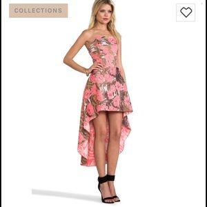 Alexis Dresses & Skirts - Alexis Madame dress