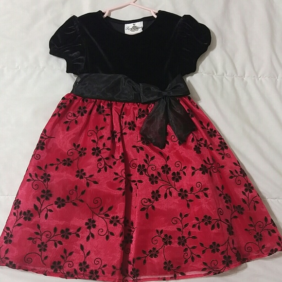 Rare Editions Christmas Dresses.Beautiful Red And Black Christmas Dress