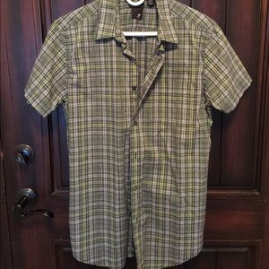 jf j.ferrar Other - NWOT JFerrar Button Down Short Sleeve Shirt.