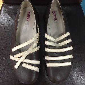 Camper Shoes - Camper strappy flats