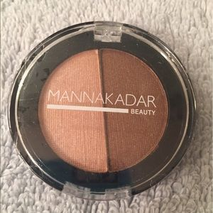 Other - Mannakadar bronzer/highlighter