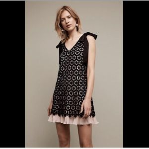 Anthropologie Dresses & Skirts - Anthropologie black nude pink Lace Shift Dress 8