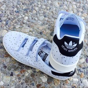 Adidas Shoes - {Adidas} Stan Smith CF