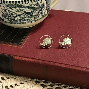 Jewelry - Vintage coin screw back earrings