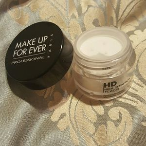 Makeup Forever Other - Make Up For Ever High Definition Powder (small)