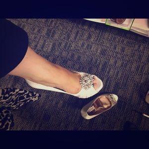 Badgley Mischka Shoes - Beautiful shoes!!! Badgley Mischka SALE!!!