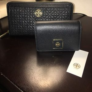 Tory Burch Clara card case with key chain