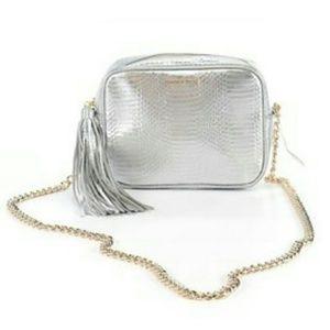 Victoria's Secret Handbags - 🔥SALE!!! NEW VS Purse