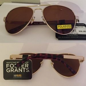 Foster Grant Accessories - Foster Grant Polarized Aviator Sunglasses Gold
