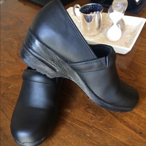 b44adcdefcf Cherokee Shoes - Sz 7 Cherokee