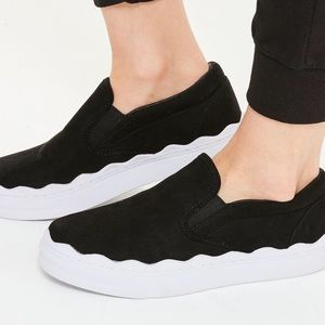 Flatform slip on sneakers by missguided
