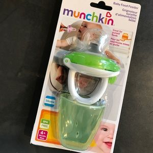 Munchkin Other - Munchkin Baby Food Feeder (great for teething!)