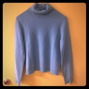100% Cashmere sweater SZ MED