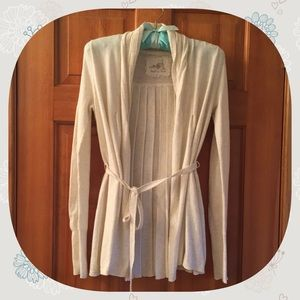 ANGEL OF THE NORTH Cream Colored Belted Sweater
