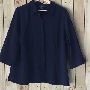 Venezia Tops - Black button-down blouse