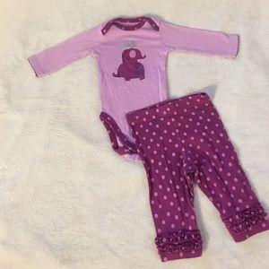 Gerber Other - Baby girl onesie set